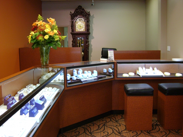 About derobertis jewelers our jewelry store west for Jewelry stores in hartford ct